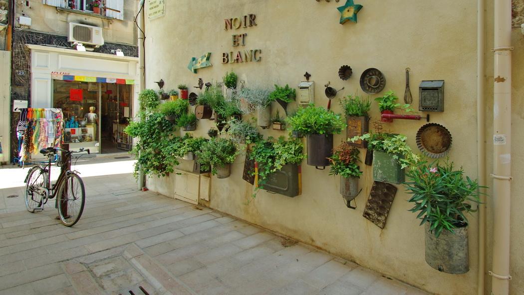 Une boutique à St Rémi de Provence 20150530_23104972